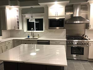 Quartzite: 2018 superwhite countertops kitchen 2