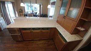 Quartzite: 3CM Super White Kitchen Maple 3