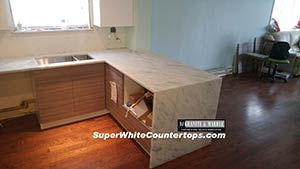 Quartzite: Super Bianco Superwhite Quartzite Waterfall 2
